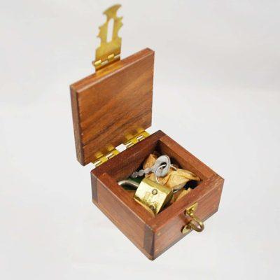 Milson Worth Quarter Go (Lippencott Box)
