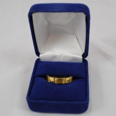 Wedding Band Style Himber Ring