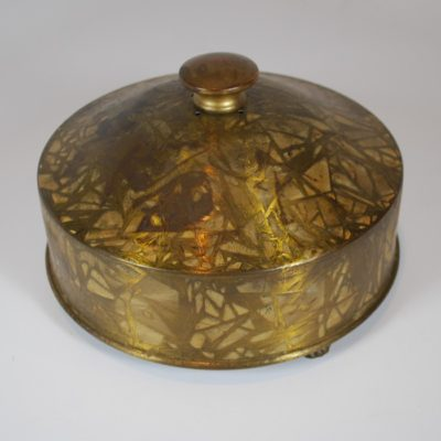 P&L Crackle finish dove pan with claw feet circa 1930